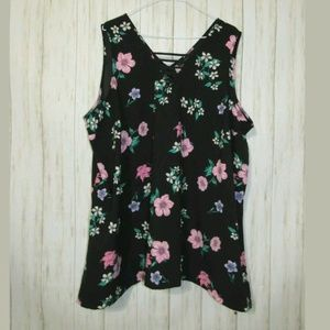 22 Lane Bryant Floral Print Black Sleeveless Top